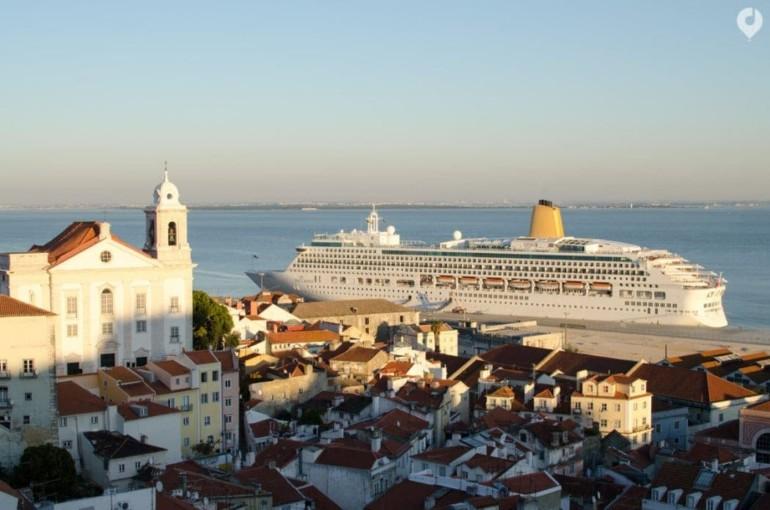 Miradouro de Santa Luzia in Lissabon