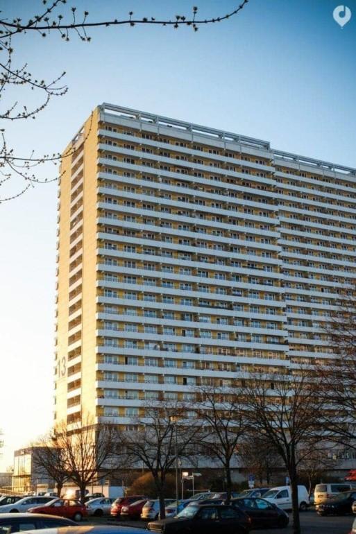 Klassische DDR-Architektur in Berlin Marzahn