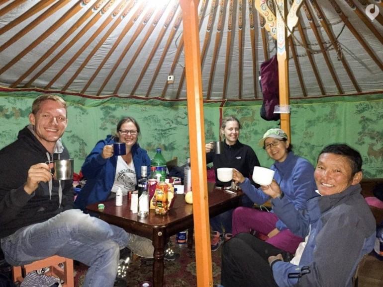 Mongolei: Abendprogramm in der Jurte