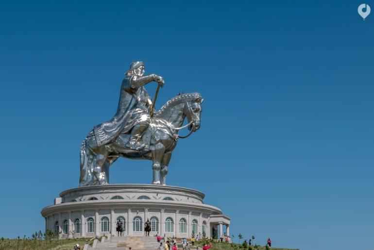 Mongolei: Dschingis Khan Statue