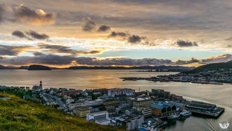 Sonnenuntergang in Hammerfest, Norwegen