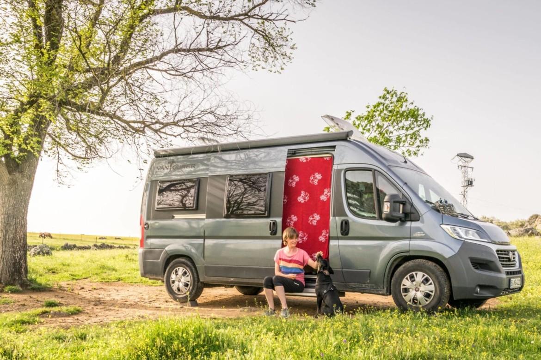 Alleinreisende Frauen im Campervan: eine Interviewserie – Movin'n'Groovin